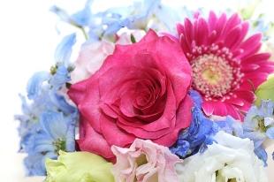 お花を買いたい、贈りたいイメージ